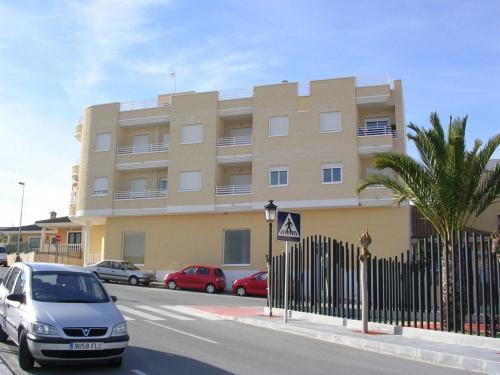 Apartamento salinas golf 2 dormitorios junto centro deportivo