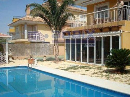 FANTASTICA OPORTUNIDAD JUNTO A ALTORREALCHALET INDEPENDIENTE ZONA EXQUISITACALIDADES I