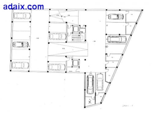 Plaza de garaje: Amplia Facil acceso Nueva construcciOn Zona centrica