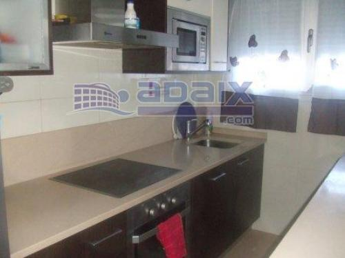 CADRETE DUPLEX 3 dormitorios +salon calefaccion individual a gas garaje