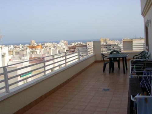 Alquiler ático 2D 2B vistas al mar Torrevieja