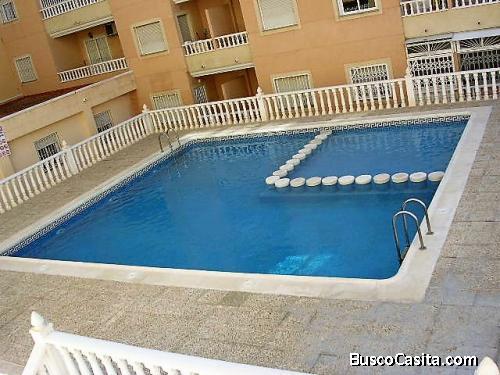Venta apartamento 2 dormitorios piscina y amueblado