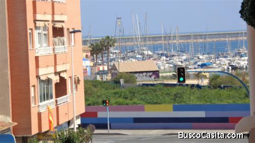 Apartamento a tan solo 100 metros de la Playa de Acequión, Torrevieja